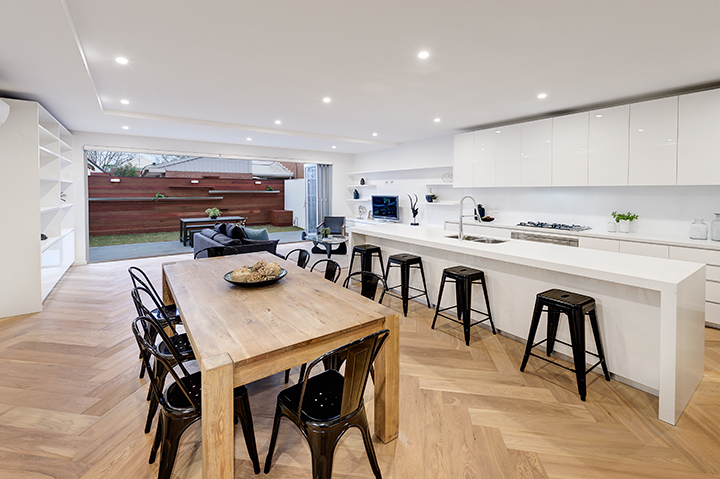 How to Ensure Your Oak Flooring Melbourne Stands the Test of Time